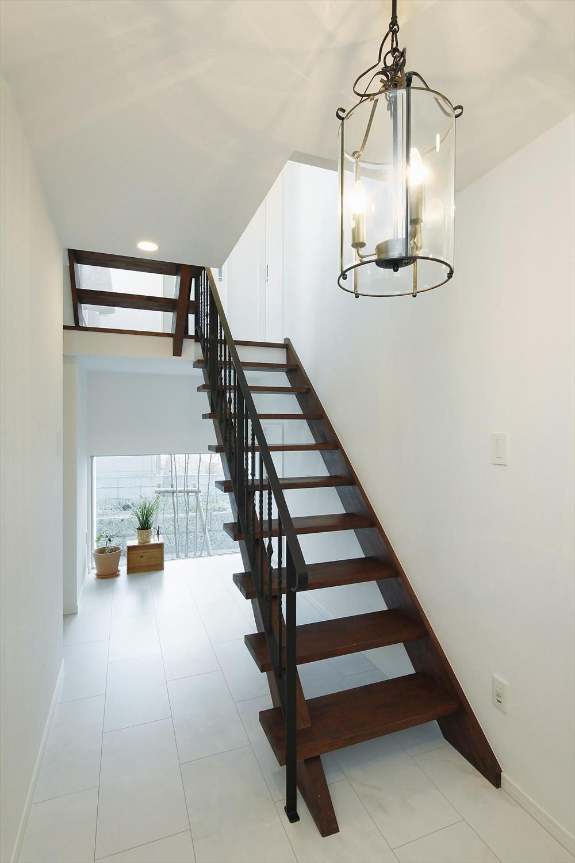 4層スキップフロアーの家